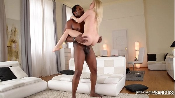 Blonde enjoys getting her pussy stretched by bbc